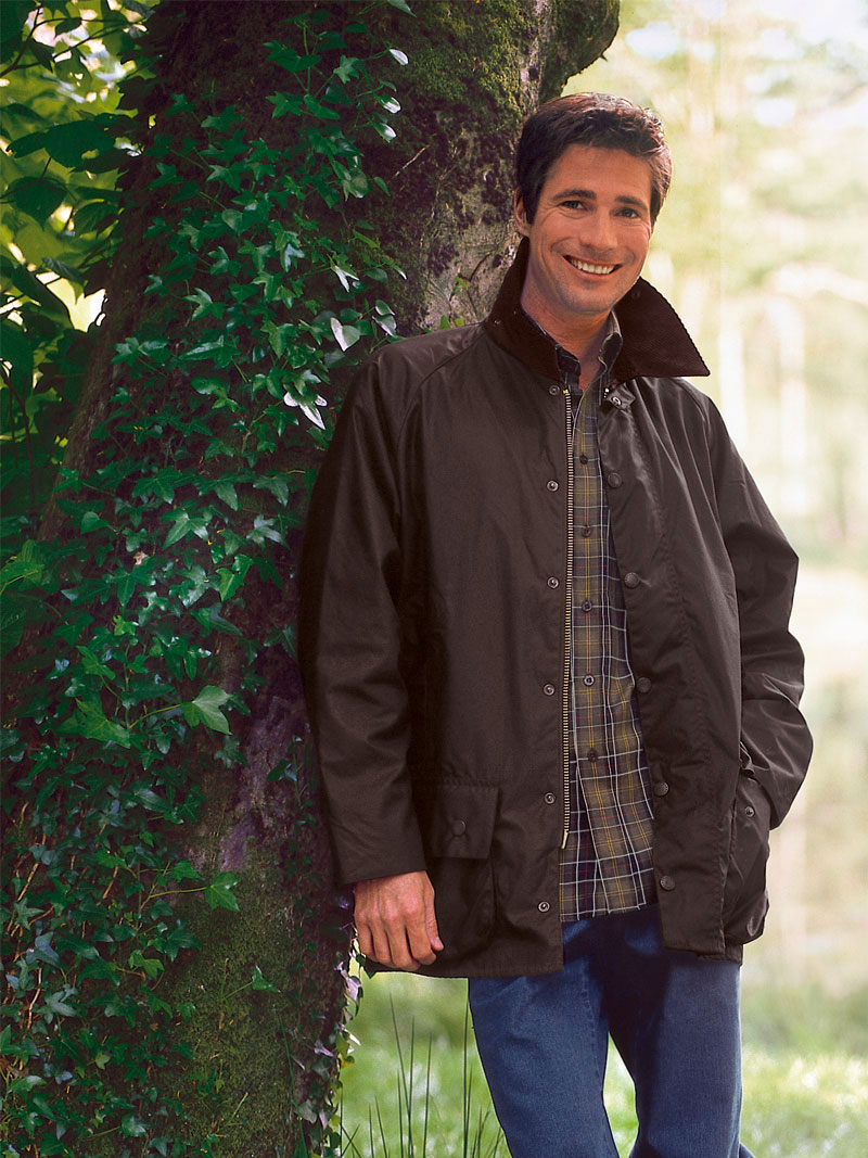 Barbour Beaufort Wachsjacke in Oliv Bild 2