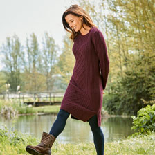 hot sale online 2f783 fb6f5 Aran-Strickkleid in Bordeaux von Barbour