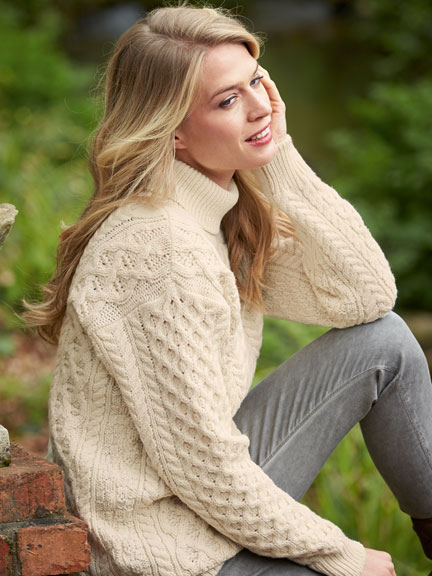 Irischer Aran-Pullover in Ivory von Irelands Eye
