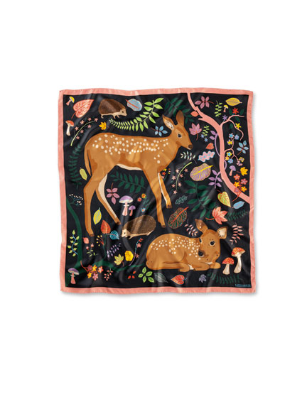 Seidentuch 'Flora and Fawns' in Black von Karen Mabon