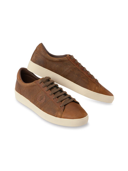 Fred-Perry-Leder-Sneaker in Cognac